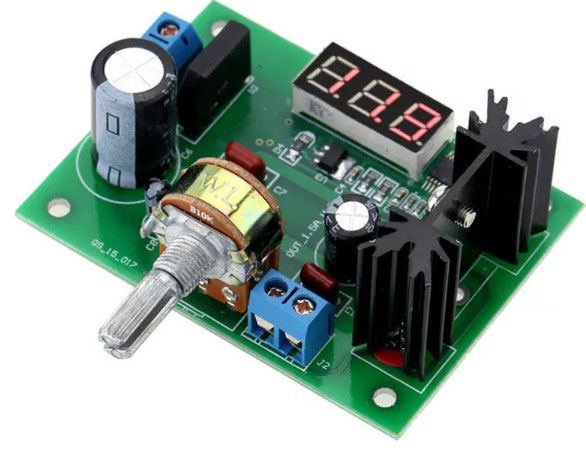 Napájecí modul, stabilizovaný zdroj s LM317 a voltmetrem