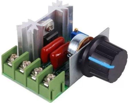 Triakový regulátor otáček pro komutátorové motory do 2000W
