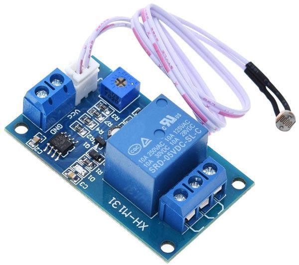 Světlocitlivý senzor s relé, modul XH-M131, napájení 12V