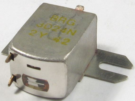 Mgf.hlava BRG 3D24N stereo 2x230ohm, rozteč 18-20mm
