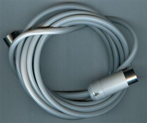 Kabel DIN5-DIN5  2m TESLA  AK64154