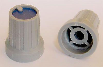 Přístrojový knoflík KP15, 15x18mm, hřídel 4mm, modrý