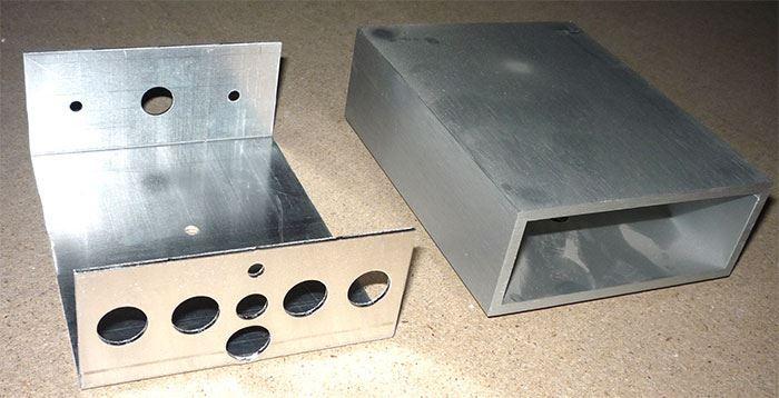 Krabička hliníková jednodílná 125x100x40mm
