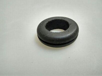 Průchodka gumová pro kabel 13mm do otvoru 18mm o síle stěny 1mm