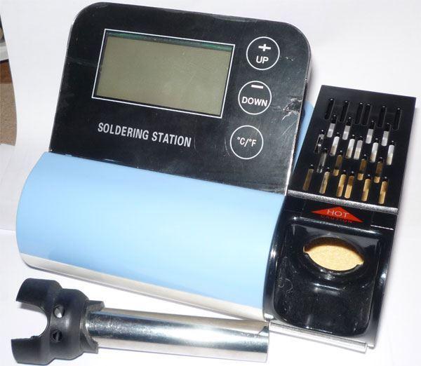 Pájecí stanice ZD8903ESD 230V/40W 160-480°C, vadná