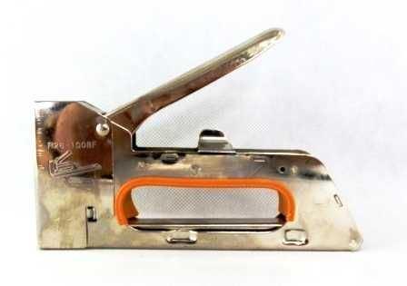 Sponkovačka pro spony 4-6-8 mm