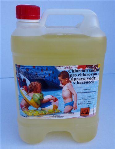 Chlornan sodný pro úpravu vody v bazénu, 5 litrů