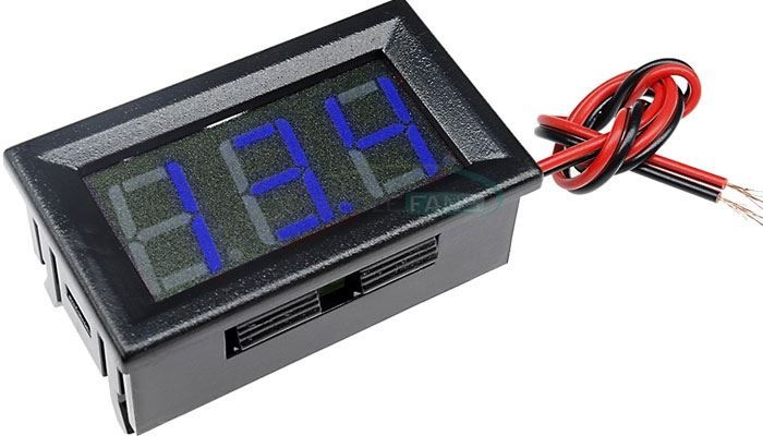 Voltmetr panelový LED modrý,  3,5-30V, NC064, 2 vývody