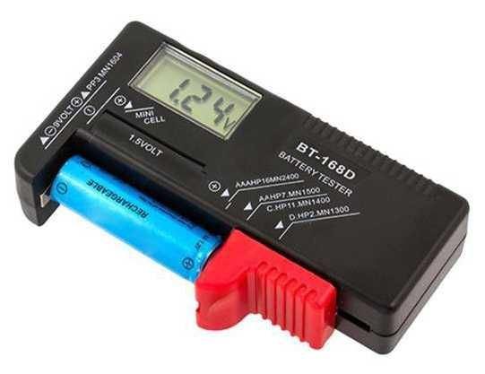 Tester baterií digitalní BT-168D -R3, R6, R20, R14, 9V