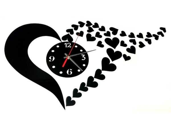 Nástěnné samolepicí hodiny ve tvaru srdce- červená barva