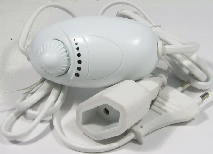 Stmívač 230V/100W HD-12 s průběžným kabelem