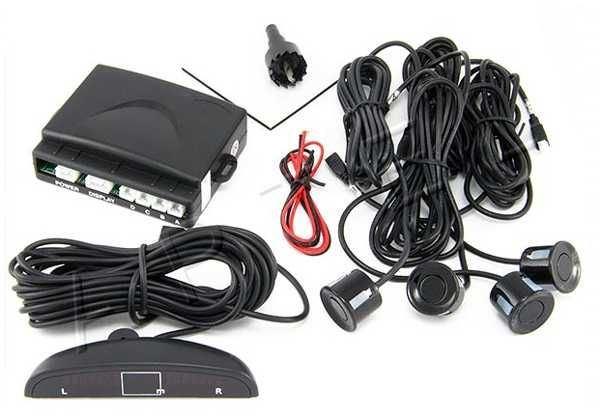 Parkovací alarm se 4 senzory a LED displejem, černý