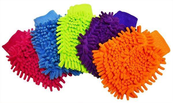 Mikrovláknová rukavice na ruční mytí aut
