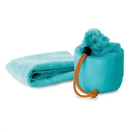 Sportovní ručník v síťovaném potahu