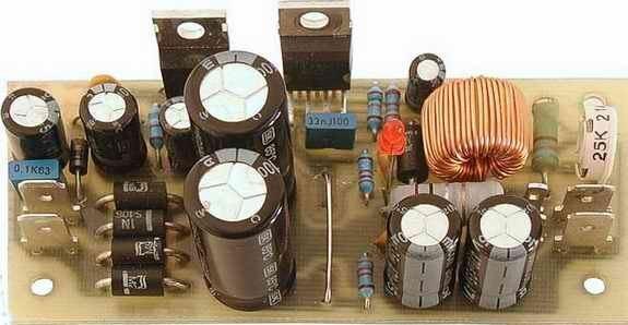 Zdroj regulovatelný 0-30V/2A zkratuvzdorný - sestavený