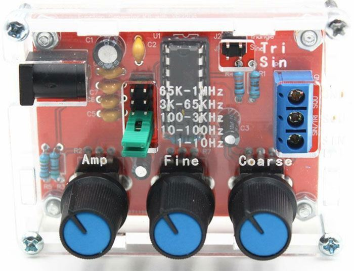 Signální generátor sinus, delta a obdélník 1Hz-1MHz s XR2206