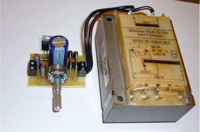 Zdroj regulovatelný 1,2-33V/3A se síťovým transformátorem