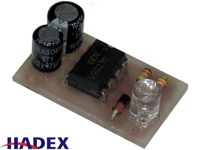 Úsporný blikač s NE555 modrá LED    STAVEBNICE