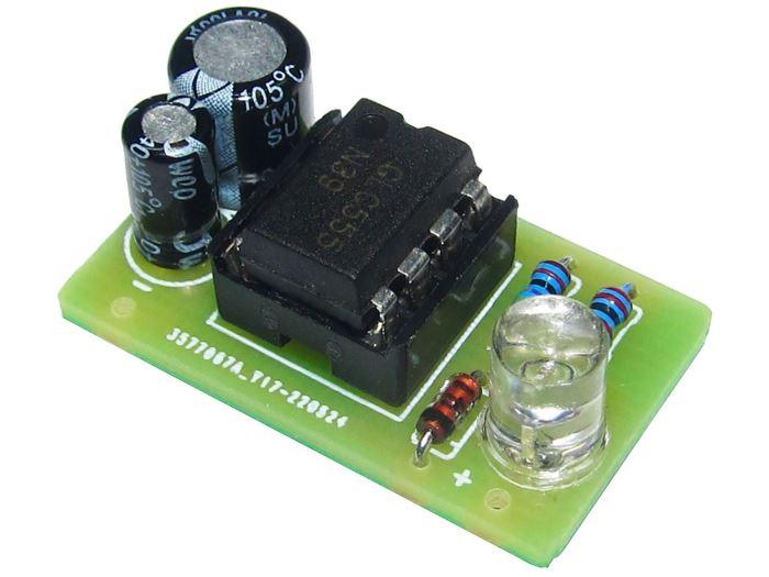 Úsporný blikač s NE555 bílá LED    STAVEBNICE